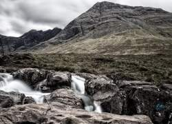 Bild: Fairy Pools Isle of Skye / B4A3318-fary_pool_sky.jpg
